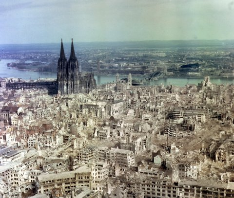 Koeln_bombing_ 1942-05-30